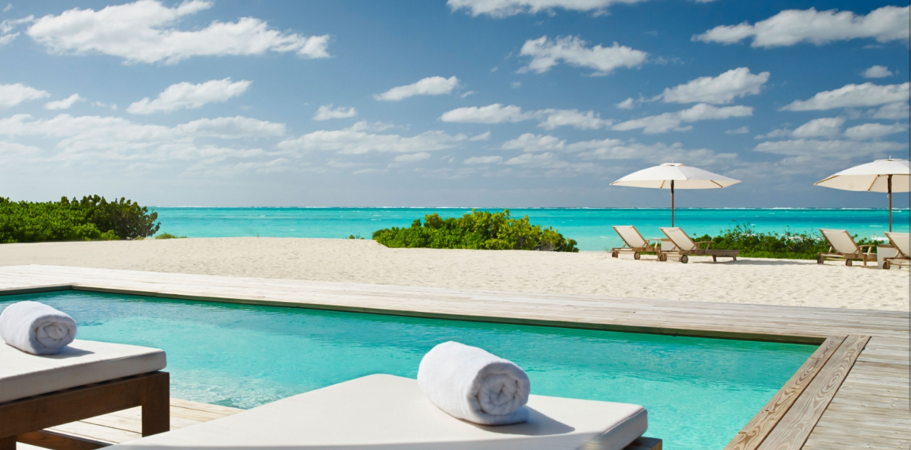Parrot Cay - view out to sea across the pool