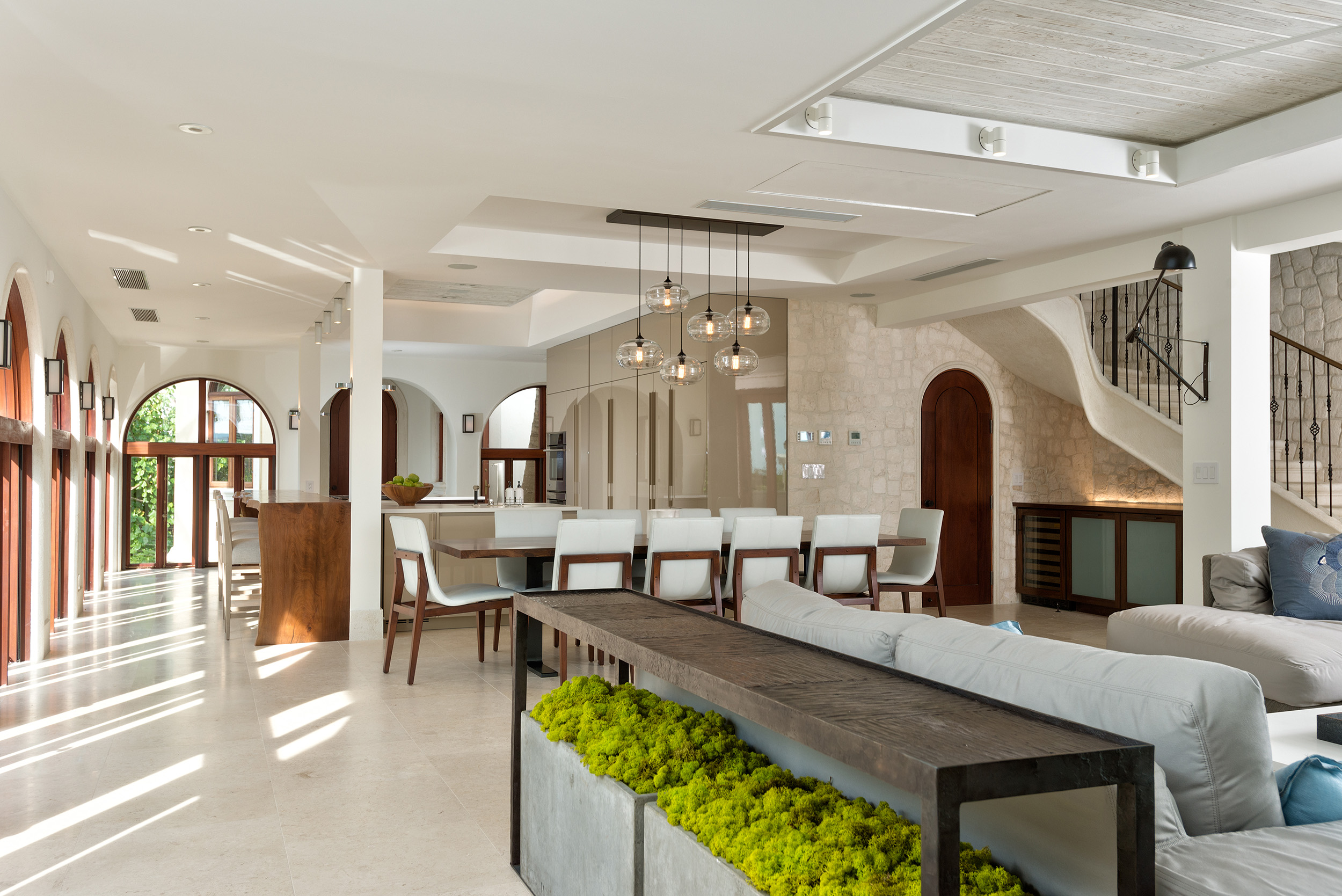 La Dolce Vita - view of the open plan living, dining and kitchen area