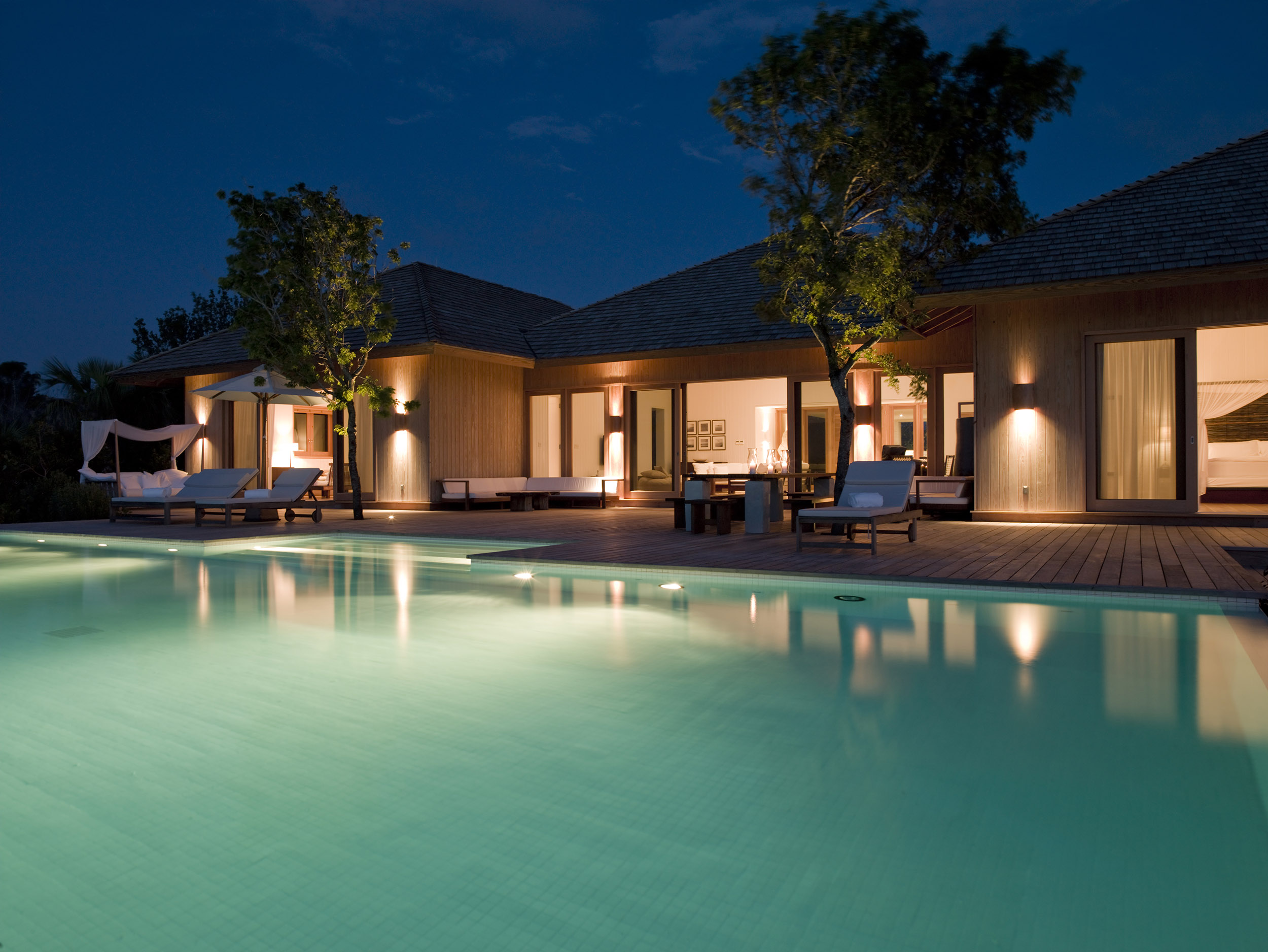 Parrot Cay - evening view of the villa and swimming pool