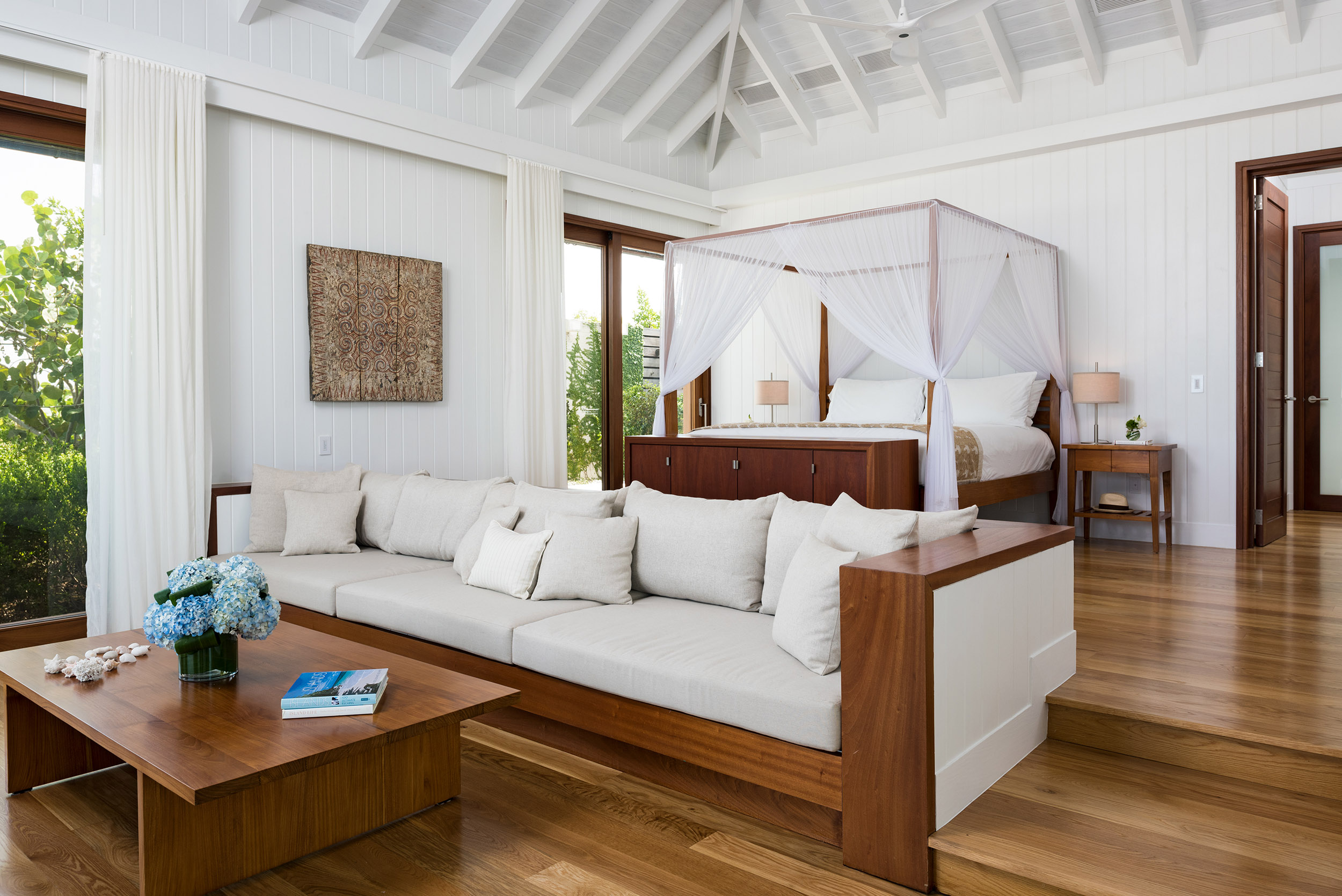 Serenity - view of the master bedroom seating area