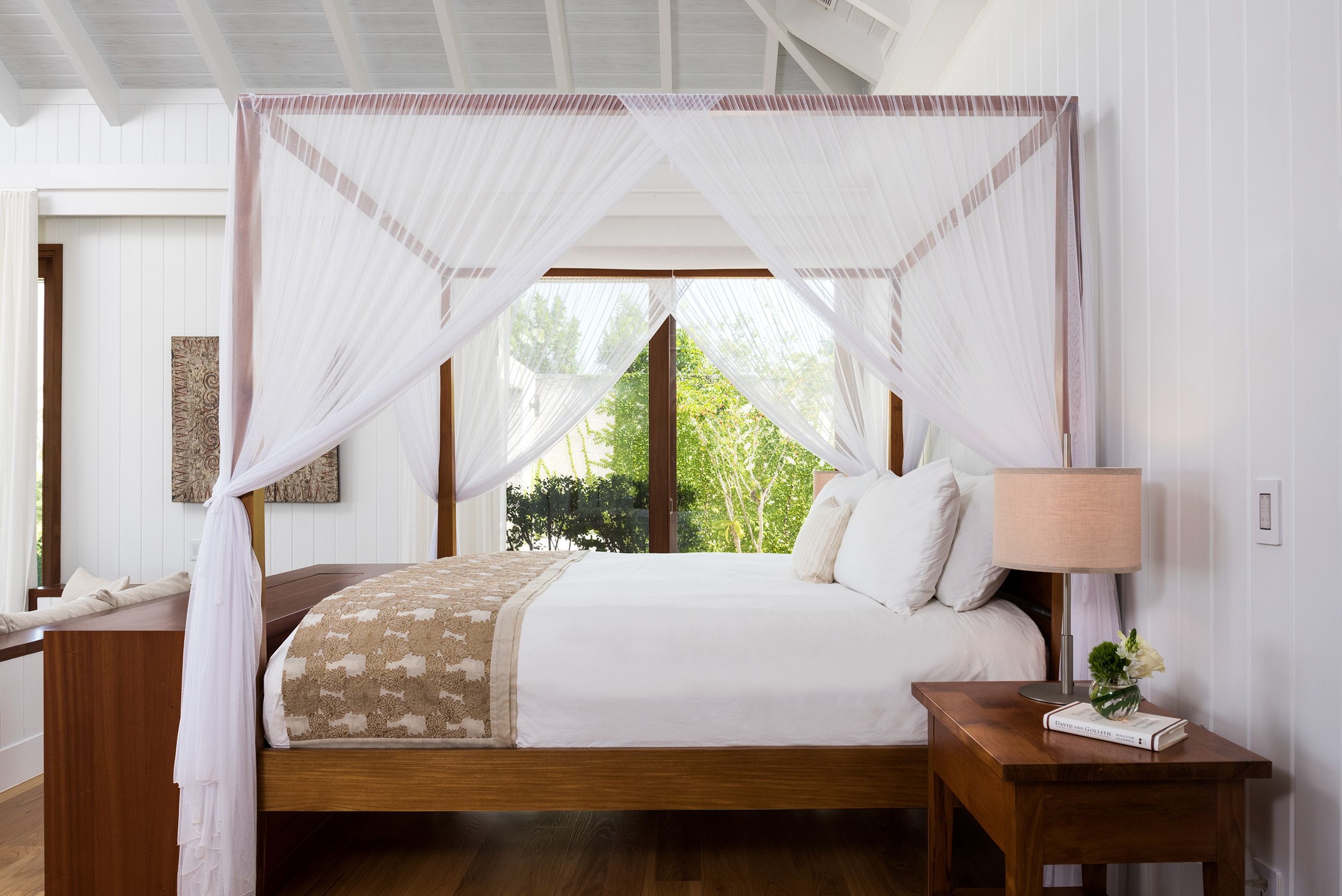 Serenity - view of the master bedroom