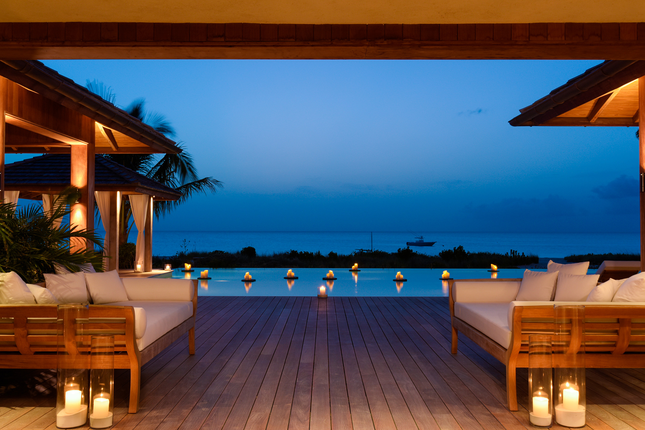 Serenity - evening view of the deck
